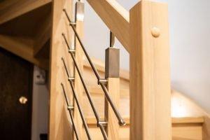 Zdjęcie nr: 8 - Schody zabiegowe z balustradą z stali nierdzewnej