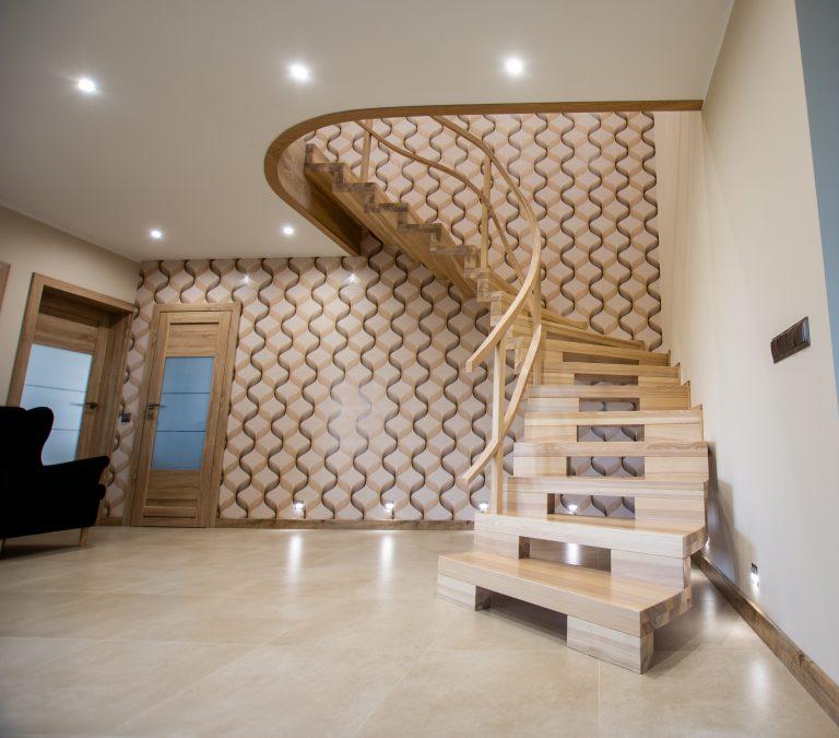 Schody dywanowe ażurowe