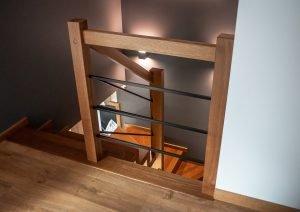 Zdjęcie nr: 6 - Schody dywanowe z balustradą metalową
